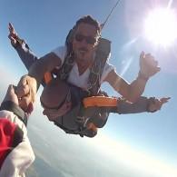 Skok s padalom v tandemu iz 3000 m
