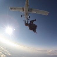 Skok s padalom v tandemu iz 6000 m